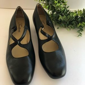 Vintage Trotters Leather Heels